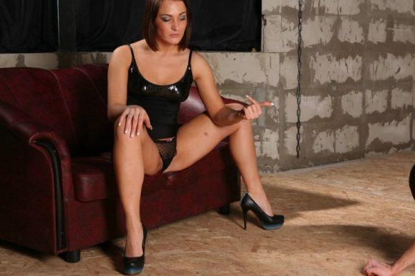 sono una signora che cerca un lavoro ragazze mistress